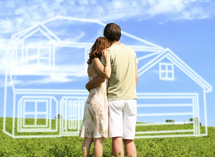 Couple-buying-home